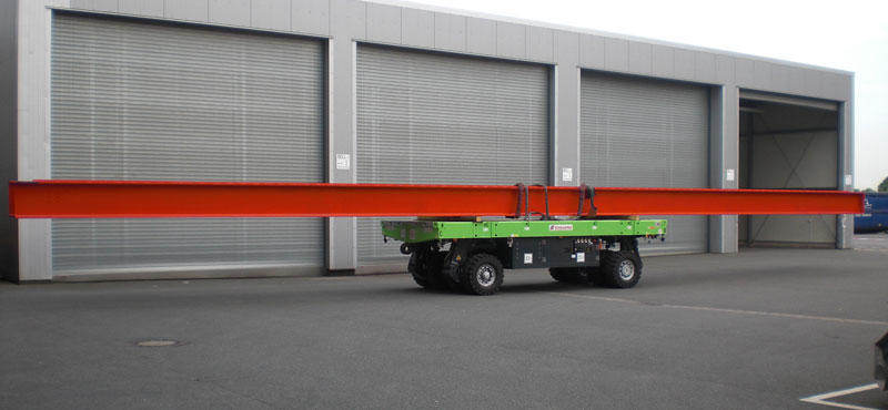 Long loads can also be moved easily, quietly and without emissions with the SCHEUERLE SPMT Light.
